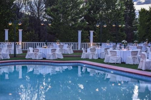Korinthian palace Wedding candy bar γάμος